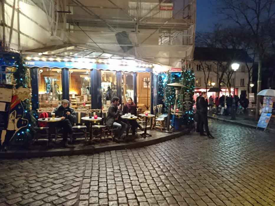 Cafe in Paris Place du tertre