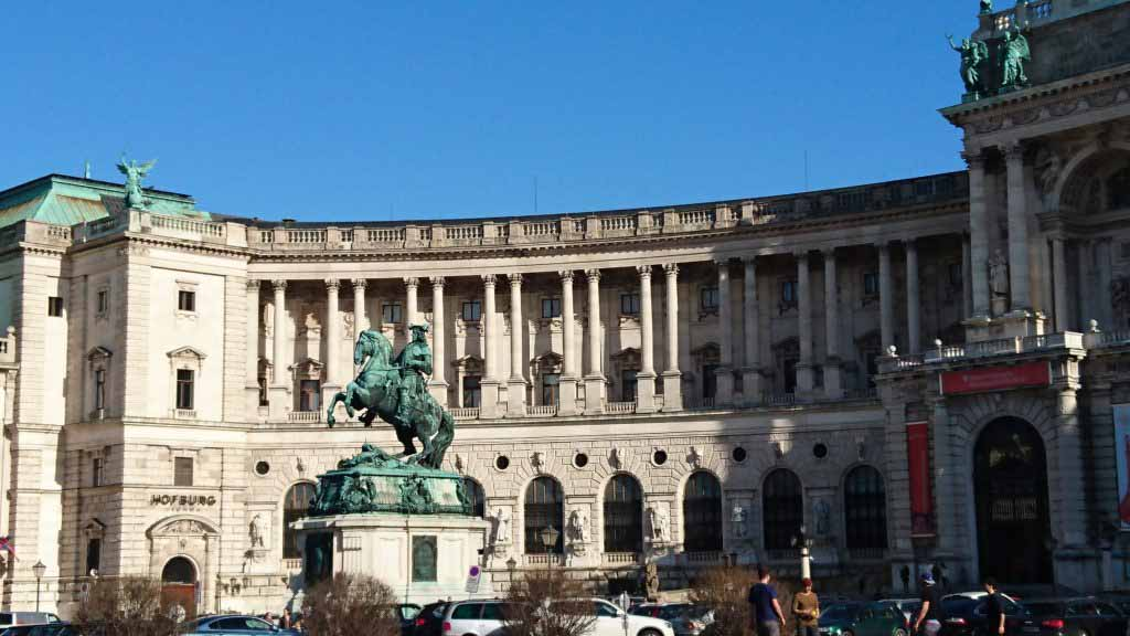 Conquer Beautiful Vienna in a day