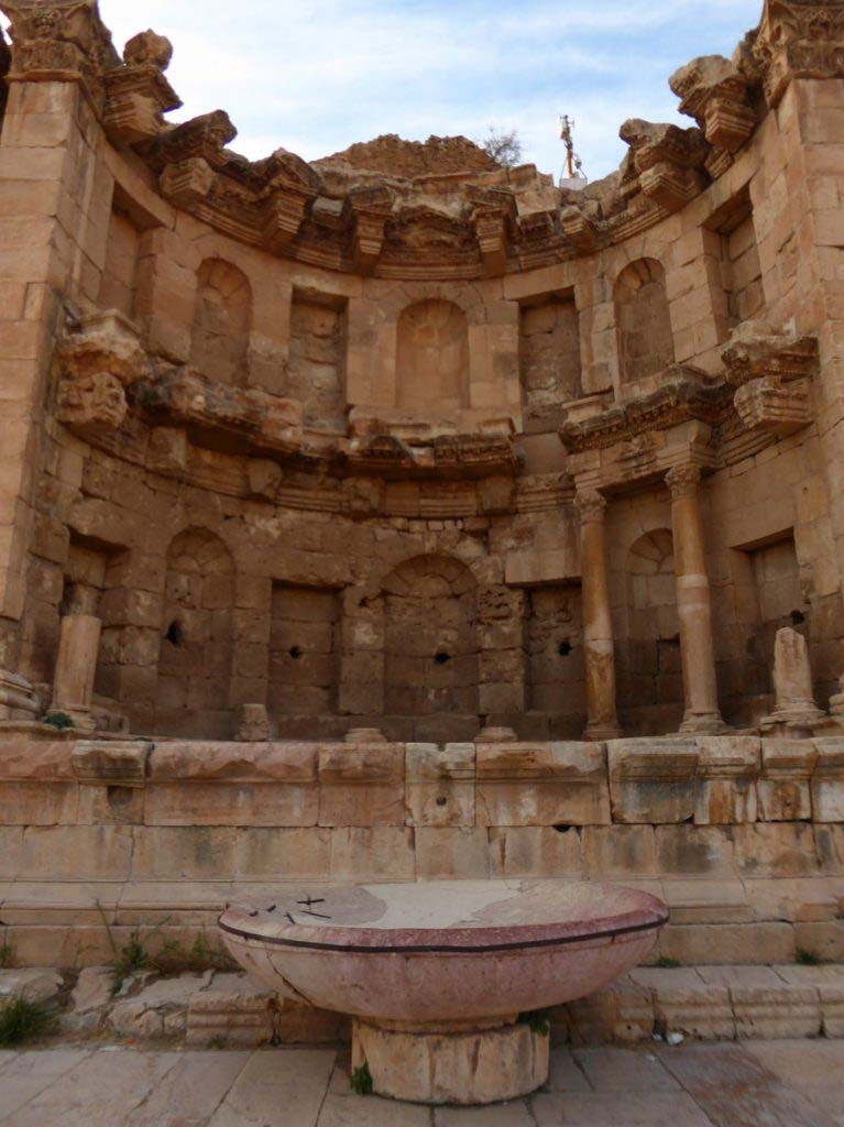 Jerash, Jordan, beautiful Roman ruins, favourite city in Jordan, Nymphaeum