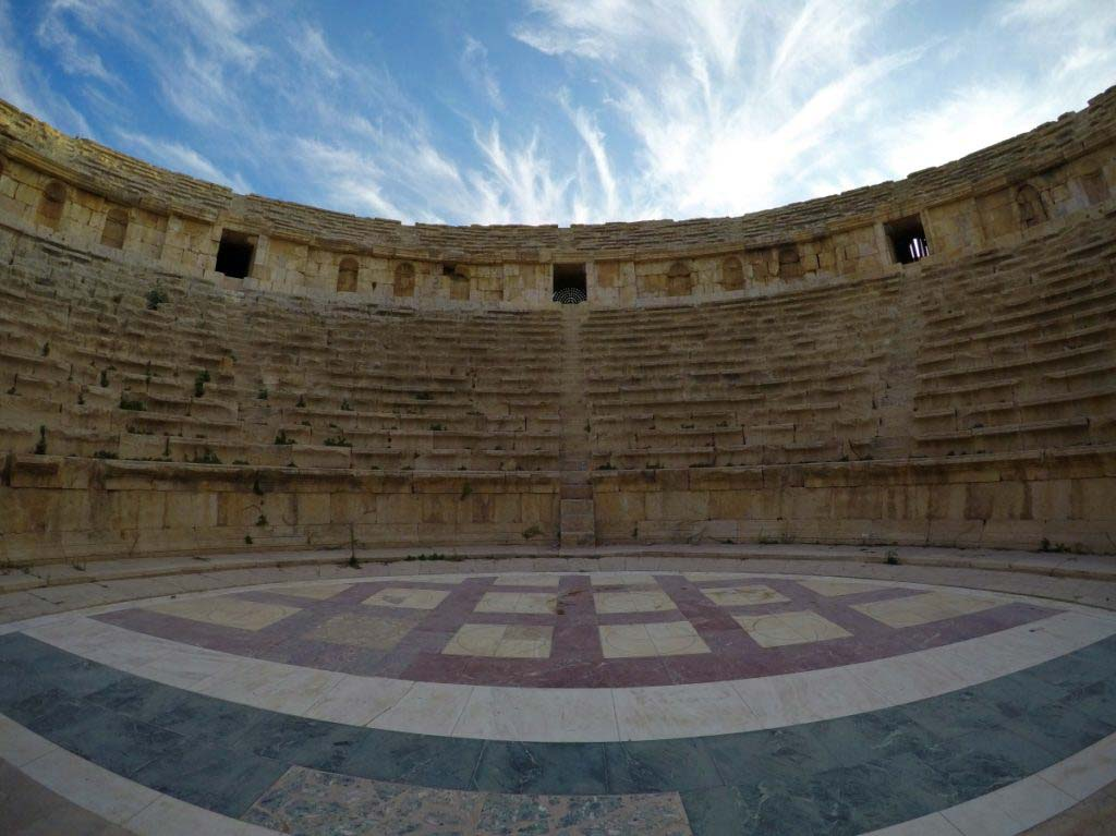 Jerash, Jordan, beautiful Roman ruins, favourite city in Jordan, Roman theatre