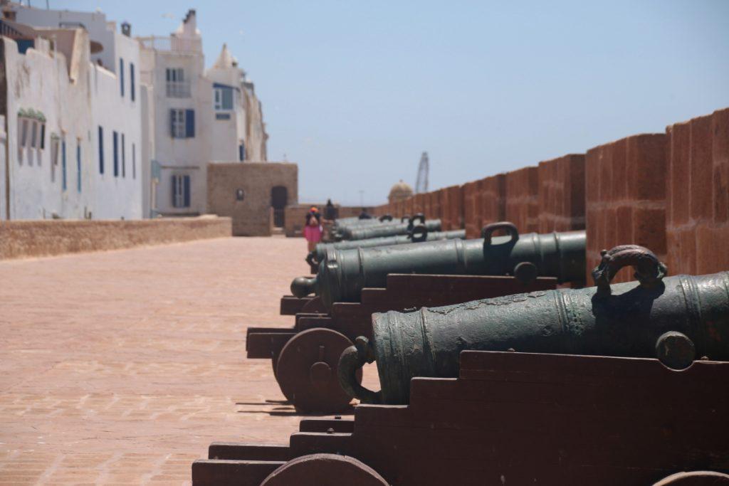 Sehenswürdigkeiten in Essaouira, Kanonen auf der Skala de Kasbah