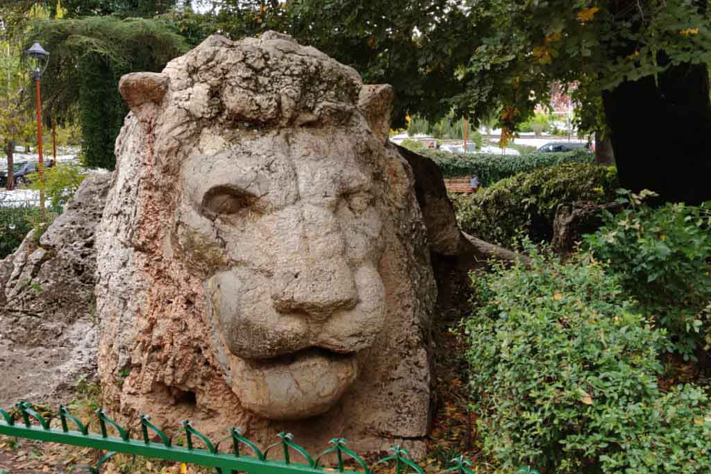 Sculpture of a lion made of stone in Ifrane Morocco